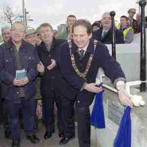 Ha'penny Bridge - Re-opening (2001)