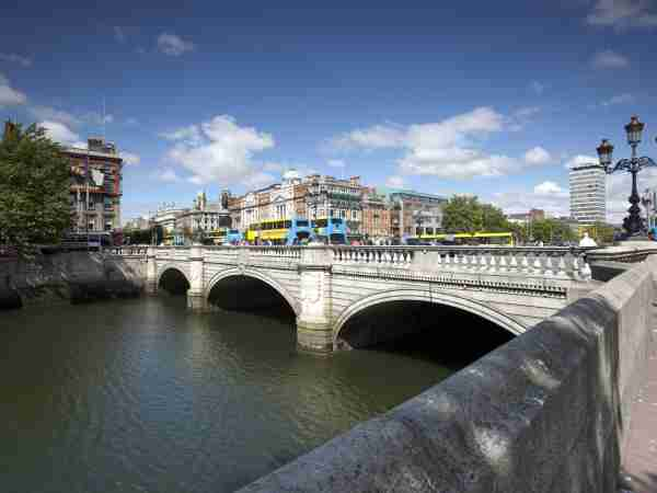 O'Connell Bridge (2009)