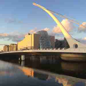 Samuel Beckett Bridge (2014) - Swings open