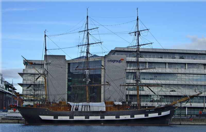 Image of Jeanie Johnston Famine Ship returns to North Wall Quay on Tuesday 4th November 2014