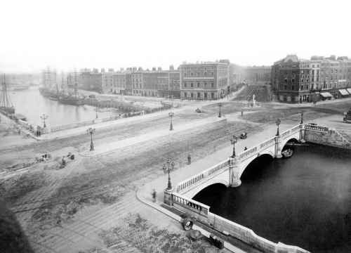 Image of O'Connell Bridge - Design and Engineering