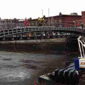Ha'penny Bridge - Refurbishment (2001)